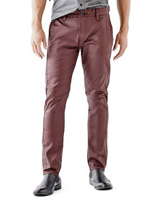 Moto-inspired stitching and a modern coated finish make these chinos your new night-out go-to. They fit slim through the hip and thigh and taper below the knee for a close-cut look that's perfect for dressing up or down.