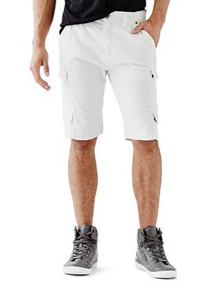 Perfect for the guy with laid-back style, these cargo shorts are the ultimate weekend essential. Lightweight linen fabric and a modern box-weave construction team up to keep you cool and comfortable all day long.