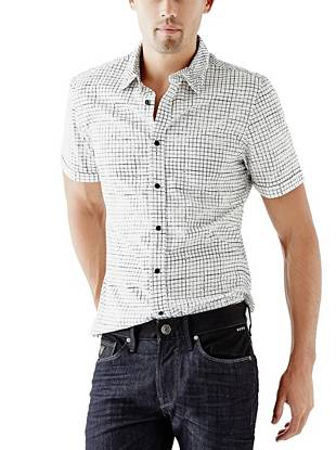 Whether you're going for tucked-in and polished or loose and laid-back, this patterned shirt goes with everything in your closet.