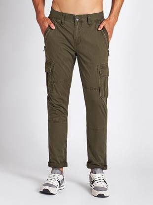 Cargo pockets and silver-tone zippers lend an updated utilitarian vibe to these slim-tapered cropped cargos.