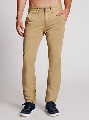 If you're a guy who values versatility, then these trousers are for you. Featuring a low rise, modern slim fit and signature straight leg, they're a classic piece you'll wear year after year.