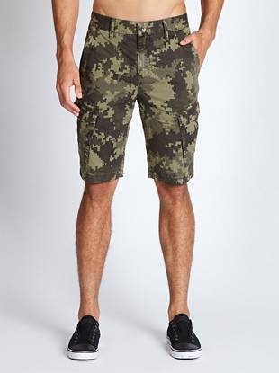 Ultra-comfortable construction and a classic camoflauge print make these shorts the perfect laid-back option.
