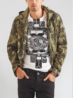 A digital camo print and zipper pockets detail this distinctive take on a safari jacket. Its casual vibe makes it perfect for everyday street-smart style.