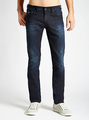 Low-Rise Slim Tapered Jeans - Robertson All-Around Slim Jeans in Vedette Wash, 32 Inseam