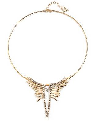 Bring glamorous new life to your everyday looks with this trend-perfect phoenix wing necklace.