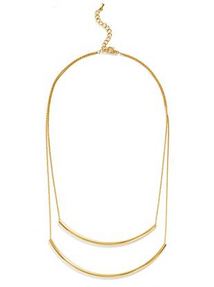 Effortlessly elegant, this gold-plated necklace is the ultimate eye-catching extra. Delicate layered chains are finished with a modern dual-bar design, creating a look that's both timeless and on-trend.