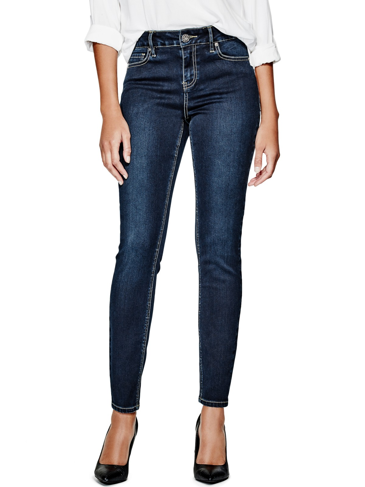 Update a wardrobe with some high rise jeans. This style of jean is extremely chic and sophisticated sitting up higher than traditional blue jeans. The unique design makes these jeans a great match for one-shoulder shirts to figure-flattering sweaters during cooler months.