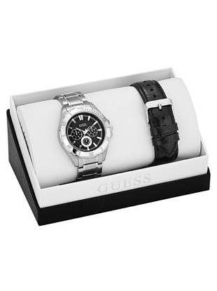 A sophisticated mix of black and silver make this watch a timeless essential (and great gift) for every guy. Wear the black leather strap during the day, then switch to the silver-tone bracelet for a sleek finish after dark.