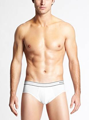 Super-soft stretch cotton jersey and a logo waistband team up to create the ultimate everyday brief.