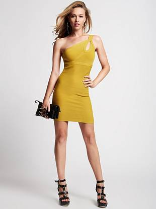 The always-flattering bandage dress gets a sexy new update with this modern one-shoulder design. A subtle cutout shows just the right amount of skin while still maintaining a touch of mystery.