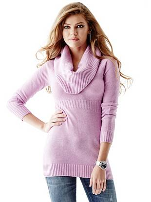 Super-soft knit and a cozy cowl neck make this tunic the perfect layering piece for your cold-weather looks.