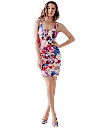 Spring is right around the corner, and this floral-print dress is just what you need for the new season. The body-hugging fit, sexy sweetheart neckline and revealing V-shaped back work together to create an ultra-feminine look that's worth flaunting.