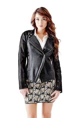 WOMEN'S OUTERWEAR 60% OFF