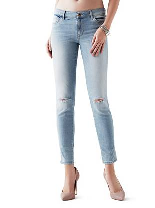 Mid-Rise Destroyed & Ripped Jeans - Mid-Rise Curve X Jeans in La Palma Wash