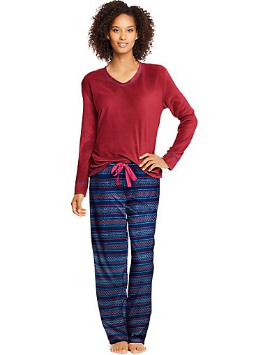 Hanes Women's Micropolar Fleece Long Sleeve V-Neck Tee & Pants Sleep Set HAC80121