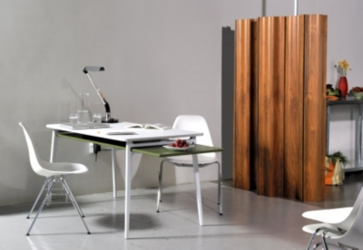 photo_gallery_enchord_desk_1?qlt=100&scl=1