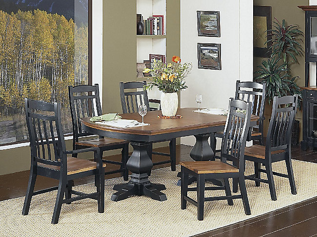 Riverside 7 Piece Double Pedestal Dining Room Package HOM Furniture