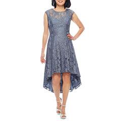 Scarlett Sleeveless Shift Dress