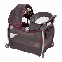 Eddie Bauer Complete Care Play Yard