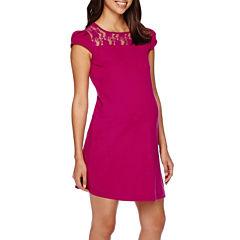 Maternity Cap-Sleeve Crochet-Yoke Dress-Plus