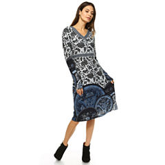 White Mark Naarah Embroidered Sweater Dress
