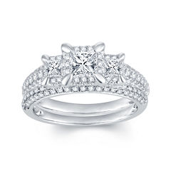 1⅓ CT. T.W. Diamond 14K White Gold 3-Stone Bridal Ring Set