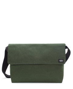 Foundation Canvas Field Messenger