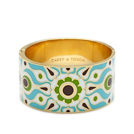 carry a torch hinged bangle
