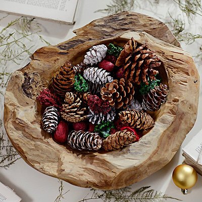 Cinnamon Holiday Pine Cone Bag