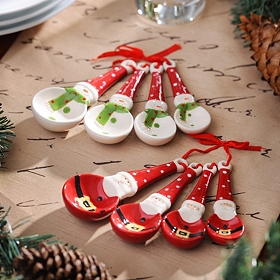 Santa & Snowman Measuring Spoon Sets