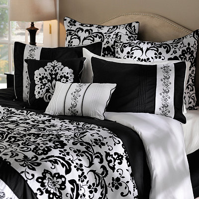 Lucia White King 4 Piece Comforter Set Includes One King