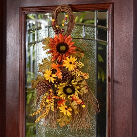 Sunflower Teardrop Wreath