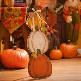 Triple Pumpkin Stack Easel