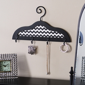 Black & White 4-Hook Wall Hanger