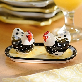 Chicken Salt & Pepper Shakers with Tray