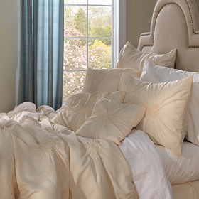 Pleated Vanilla 7-pc. King Comforter Set