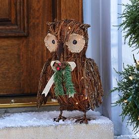 Pre-Lit Rattan Woven Owl