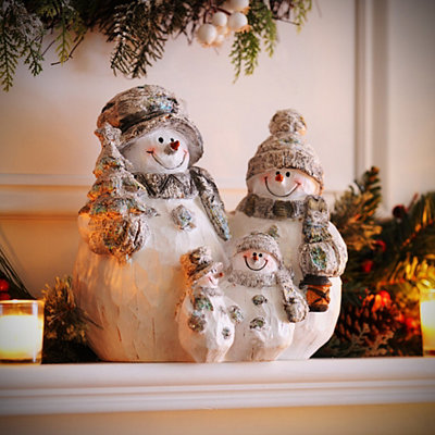 Frosty Snowman Family Statue
