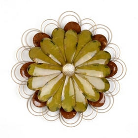 Green Metal Wallflower Plaque