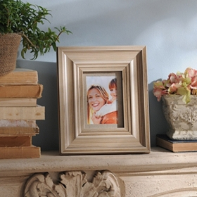 Distressed Cream Wood Picture Frame, 5x7