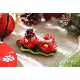 Christmas Cardinals Salt & Pepper Shakers