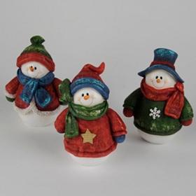 Sweater Snowmen Statues