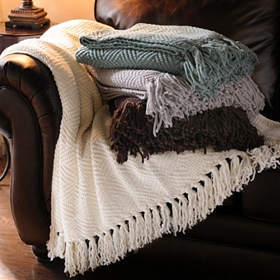 Diamond Fluff Throw Blanket
