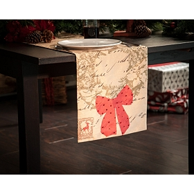 Christmas Wreath & Postcards Table Runner