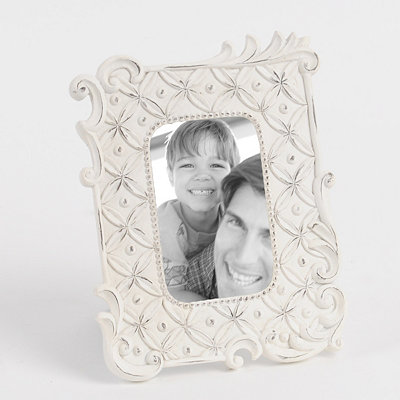 Distressed White Ornate Picture Frame, 4x6