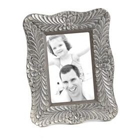 Glossy Gray Leaves Picture Frame, 4x6