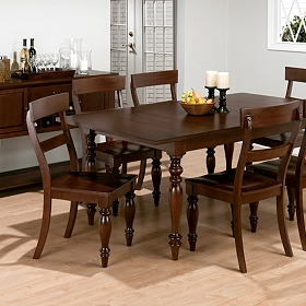 Harwich Dining Table with Leaf