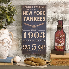Vintage Yankees Wall Plaque