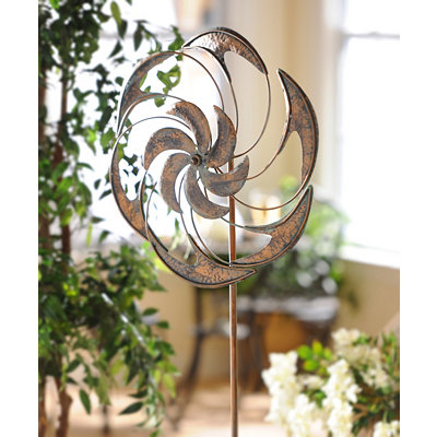 Antiqued Metal Wind Spinner
