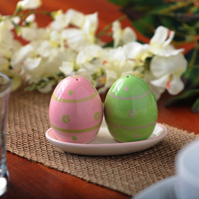 Easter Egg Salt & Pepper Shaker Set